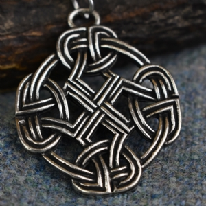 Eternal Knot Cross