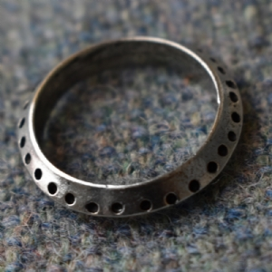 Jorvik Dot Ring