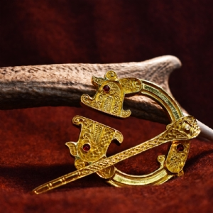 St Ninian's Hoard Pictish Pennanular Red