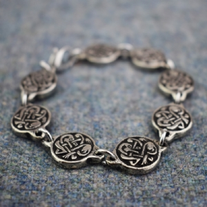 Small Viking Knotwork Bracelet