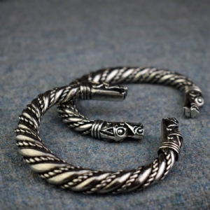 Tapered Band Dragon Bracelet
